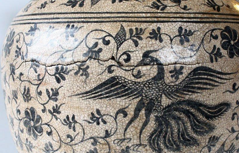 Antique Decorated Lanna Vase EUO46M2