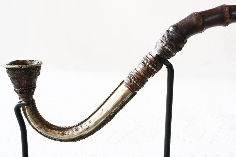 Antique Shan tobacco pipe from Burma EAP18M