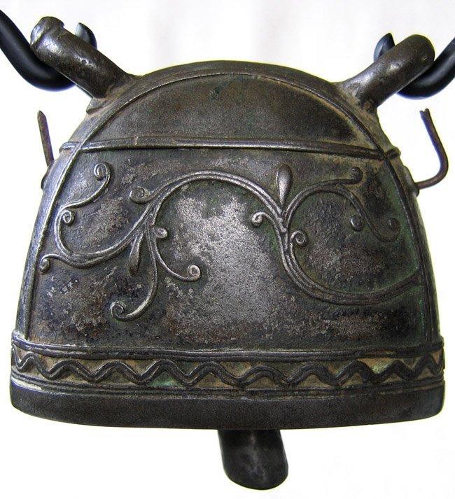 Antique bronze buffalo bell Burma EBB20M2