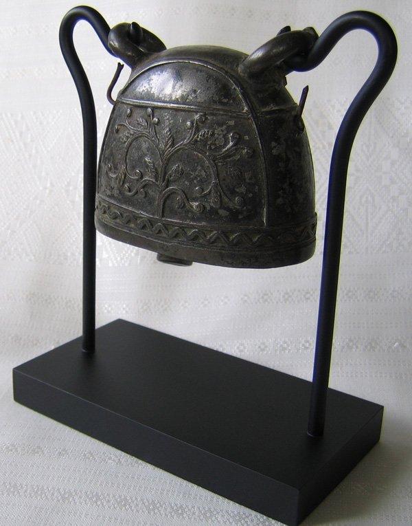 Antique bronze buffalo bell Burma EBB20M4