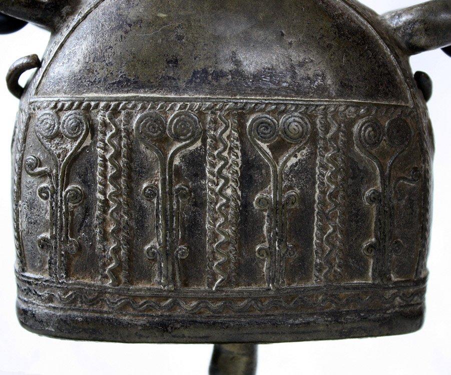 Antique bronze Burmese buffalo bell EBB42M6