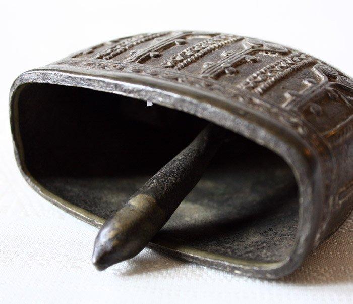 Antique bronze Burmese buffalo bell EBB42M9