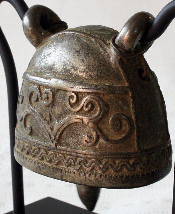 Burmese antique bronze buffalo bell EBB60M2