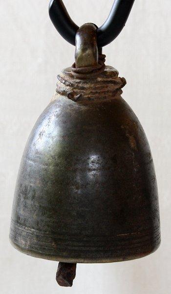 Antique temple bell Laos EBB74M3