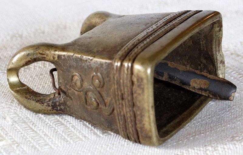 Antique Burmese Bronze Bell EBB90M5