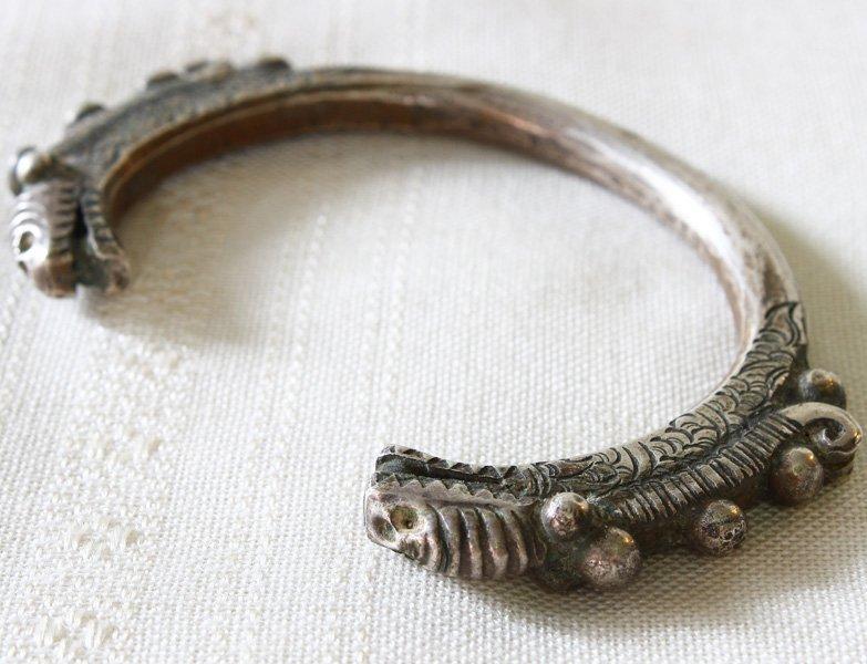 Antique Hmong silver soul lock pendant ETJ145M