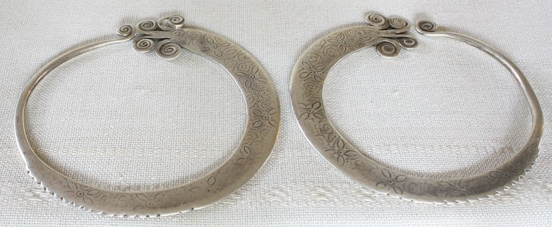 Antique Hmong Silver Earrings ETJ171M