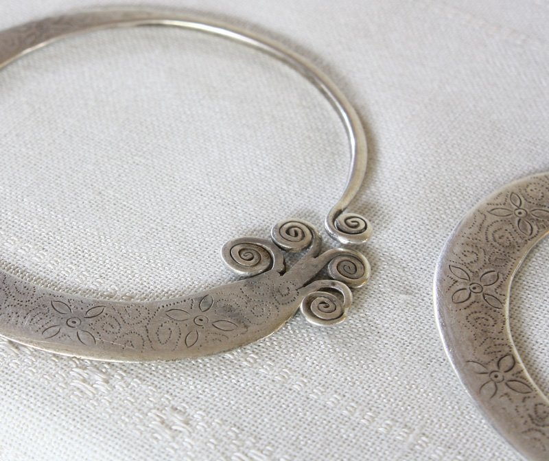 Antique Hmong Silver Earrings ETJ171M3
