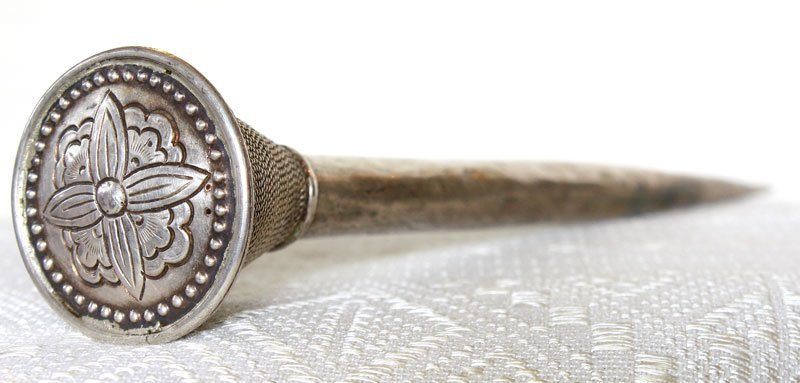Antique tribal silver hairpin from the Tai Dum of Vietnam ETJ175M3