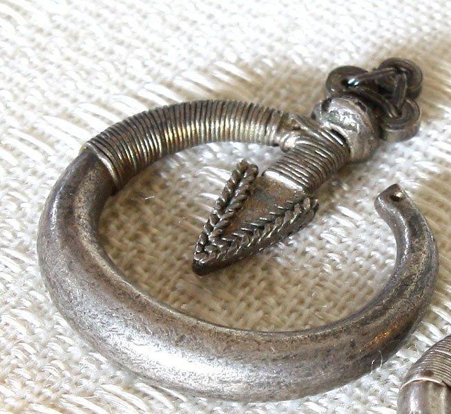 Antique Hmong silver arrow earrings from Laos ETJ176M2
