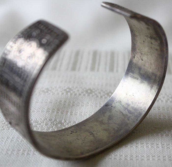 Antique Shan silver bracelet from Laos ETJ42M6