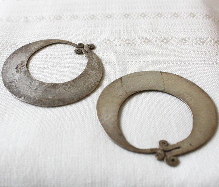 Antique Hmong Silver Earrings Laos ETJ56M2