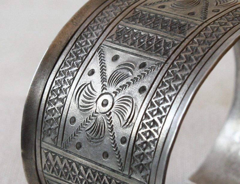 Antique tribal silver bracelet Laos ETJ75M5
