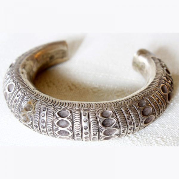 antique hill tribe silver bracelet