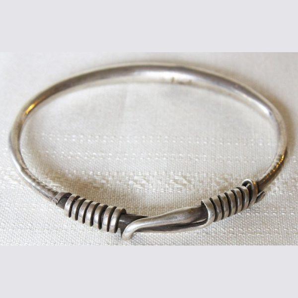 antique_tribal_silver_bangle