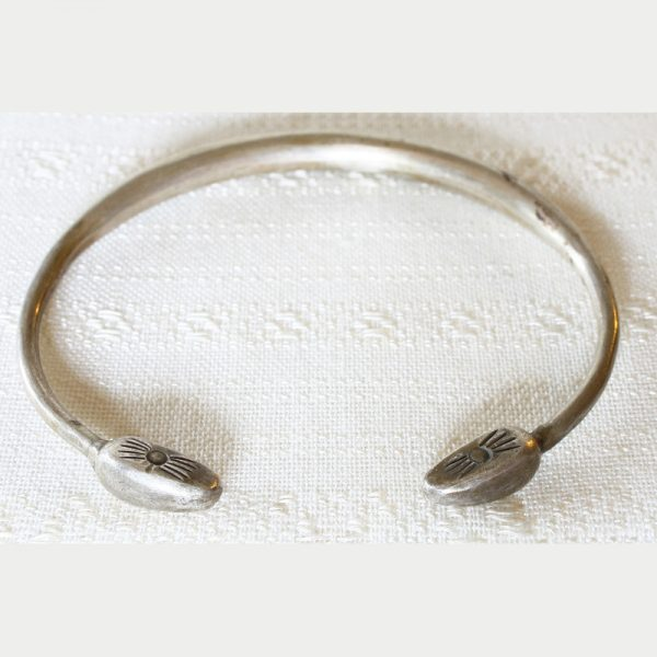 Antique tribal silver bracelet ETJ158