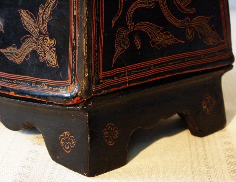 Antique Burmese Lacquerware BLW02M6