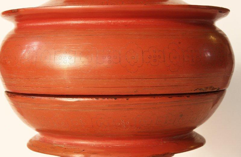 large antique Burmese lacquerware hsun-ok BLW23M3