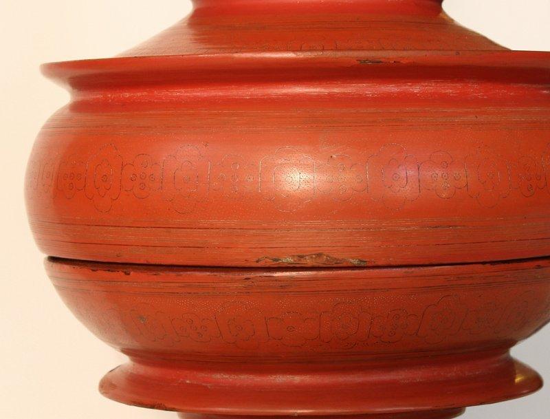 Large antique Burmese lacquerware hsun-ok BLW23M6