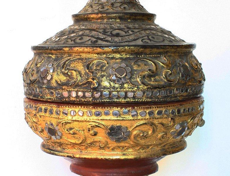 Large antique Burmese lacquerware hsun-ok BLW29M