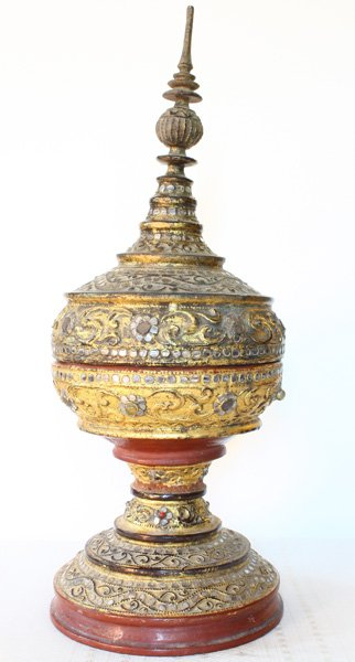 Large antique Burmese lacquerware hsun-ok BLW29M10