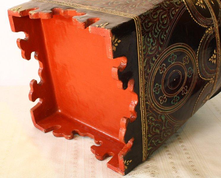 antique Burmese lacquerware BLW30M5
