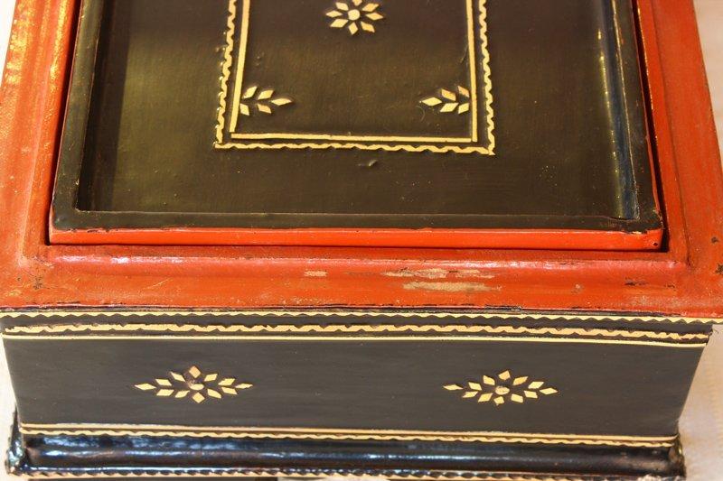 antique Burmese lacquerware BLW31M4
