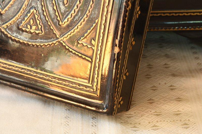 antique Burmese lacquerware BLW31M6
