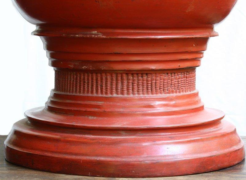 Antique Burmese lacquerware BLW32M2