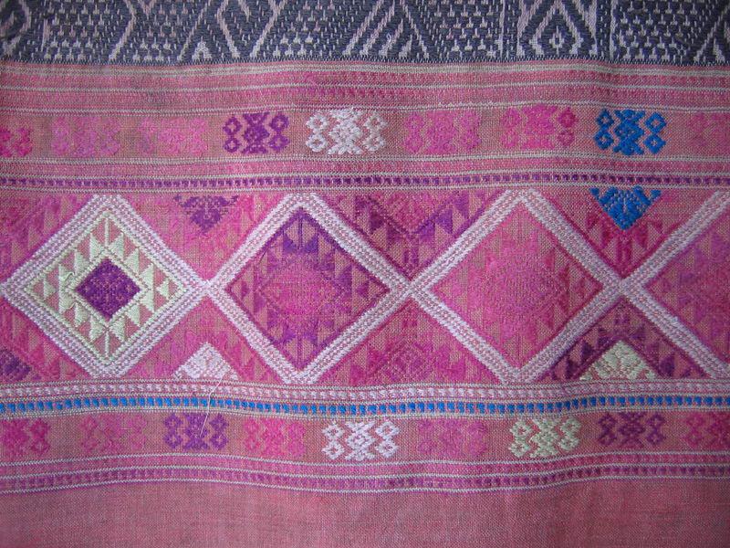 Antique tribal textile TTA04M3