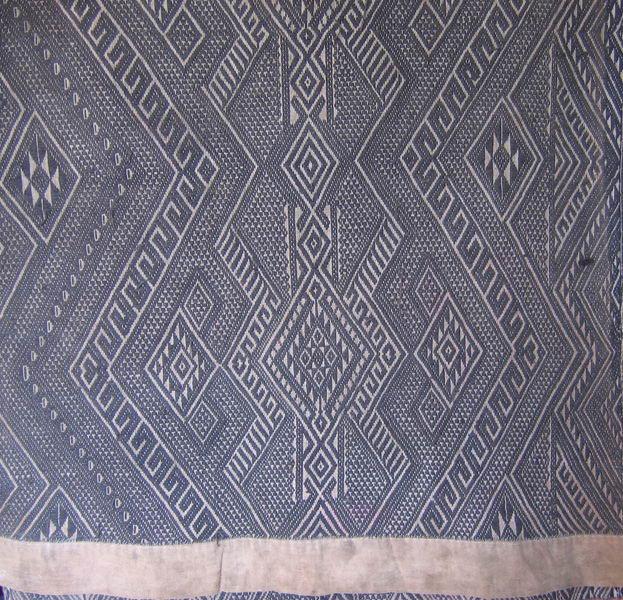 Antique tribal Tai-Dum textile TTA04M4
