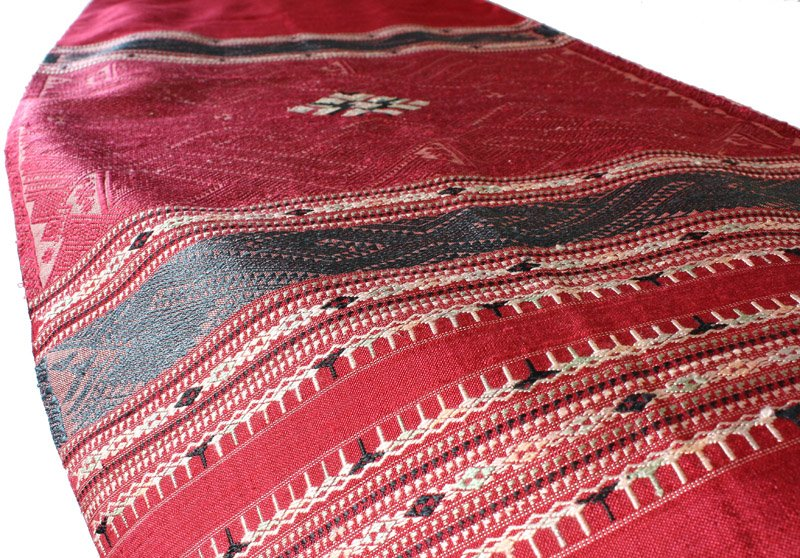 traditional hand woven silk textile SNL16M5
