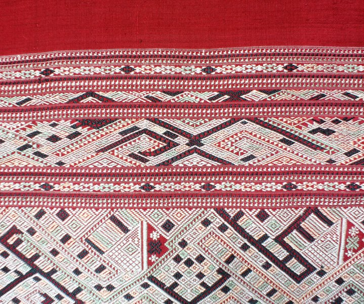 traditional hand woven silk textile SNL16M6