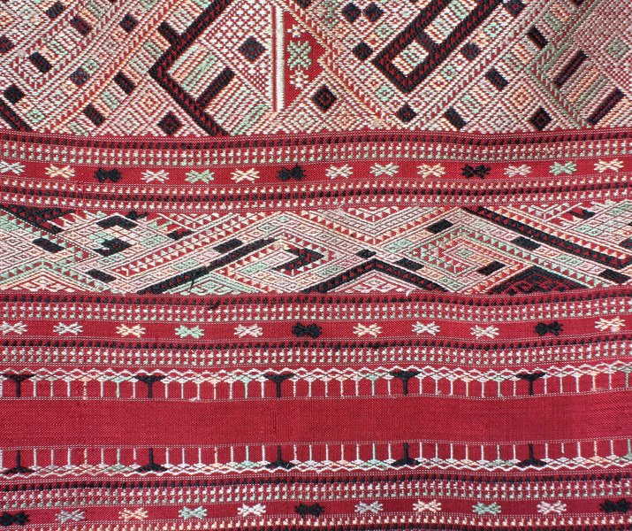 traditional hand woven silk textile SNL16M7