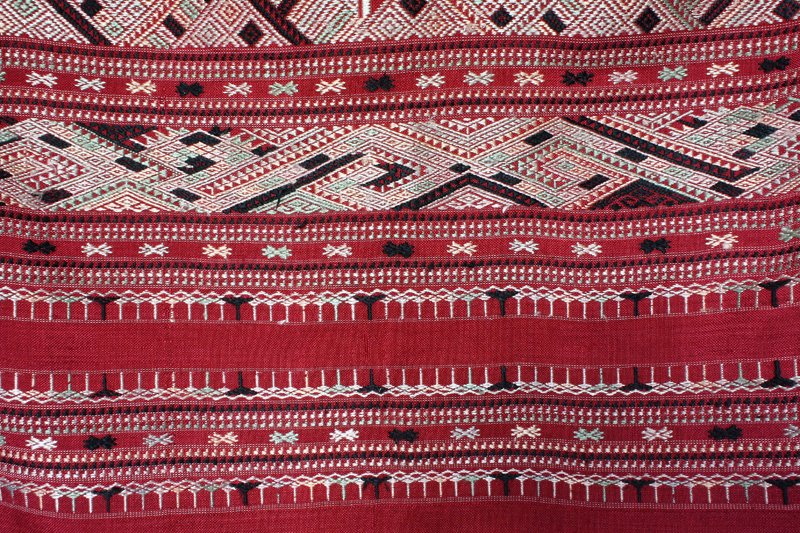traditional hand woven silk textile SNL16M8