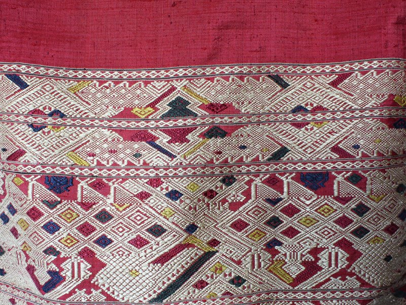 silk textile from Laos SNL18M2