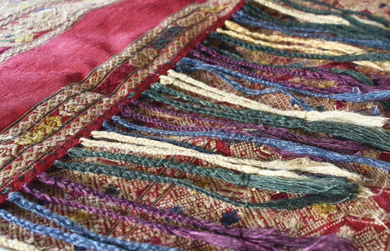 vintage silk textile from Laos SNL18M8