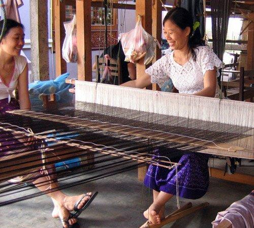 Silk_Weavers_Laos