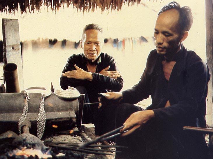 Hmong_Silversmith