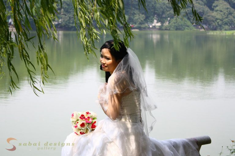 Bride, Hoan Kiem Lake, Hanoi