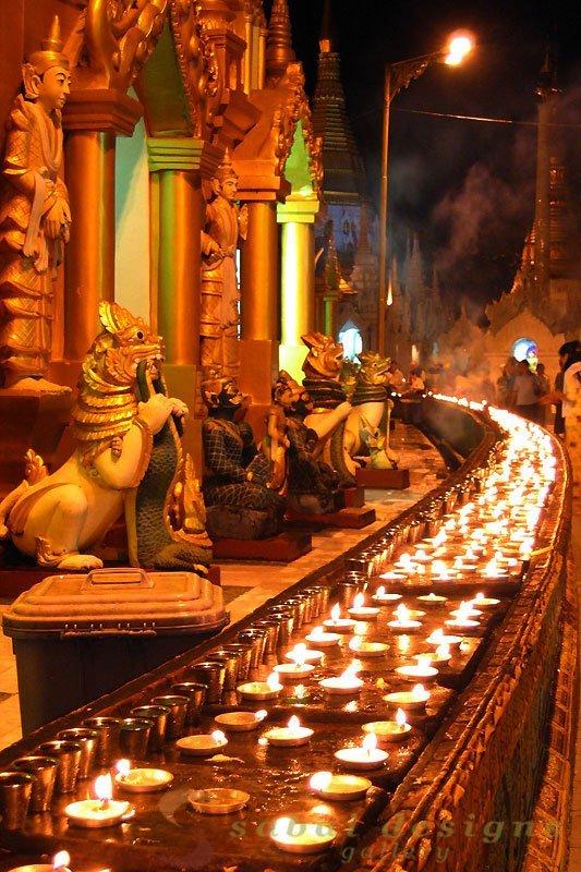 Night Shwedagon Paya