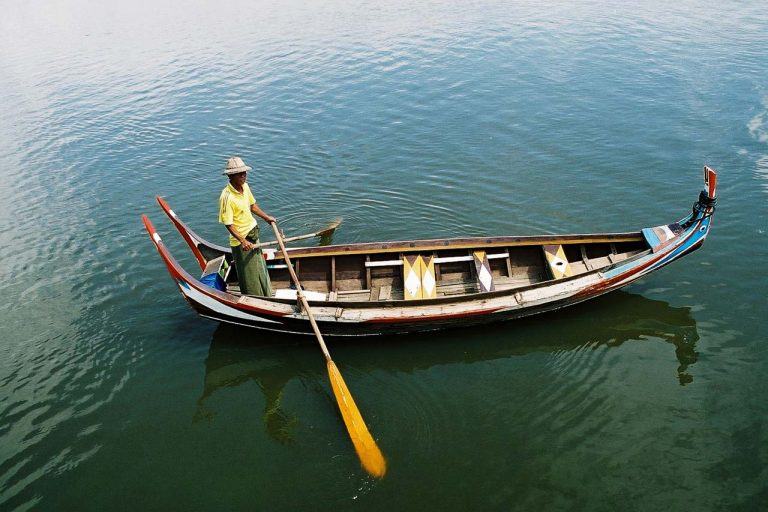 Boat Man Burma