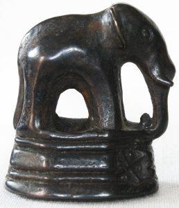 LARGE ANTIQUE ELEPHANT OPIUM WEIGHT