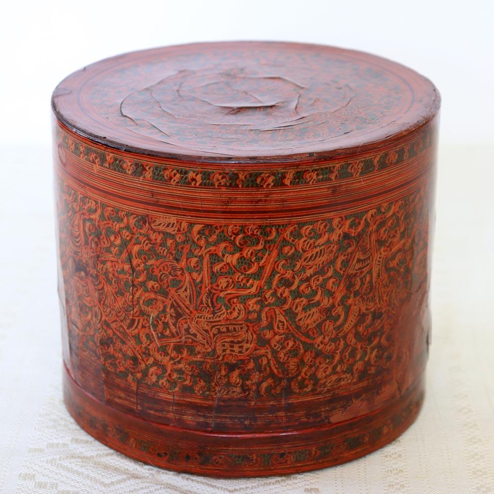 Antique Burmese lacquerware kun-it
